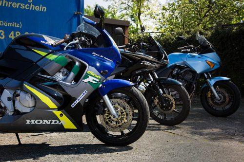 Motorrad-Fuhrpark der Fahrschule Schult in Dömitz